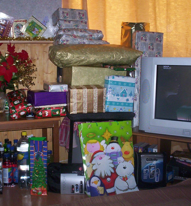 Presents left...